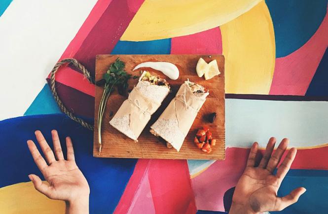 burritos and hands